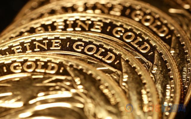 现货黄金再创76个月新高!阿根廷政局逆转,主权信用评级遭下调,本币比索跌入深谷
